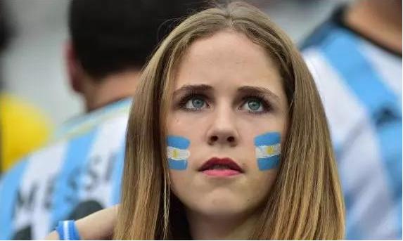 瑞典也有很多金发美女
