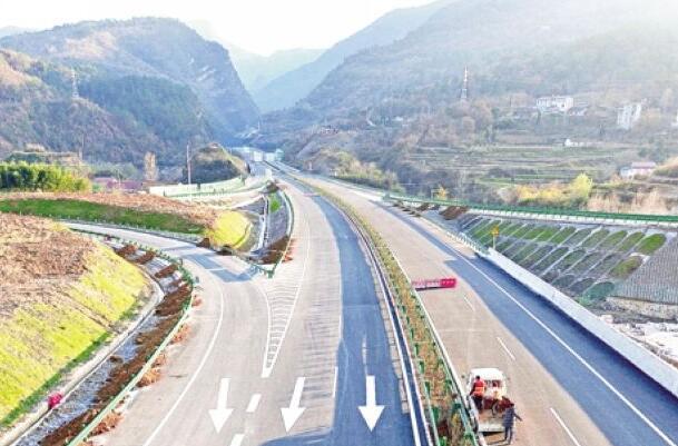 """【资讯】湖北""""十三五""""将实现县县通高速"""