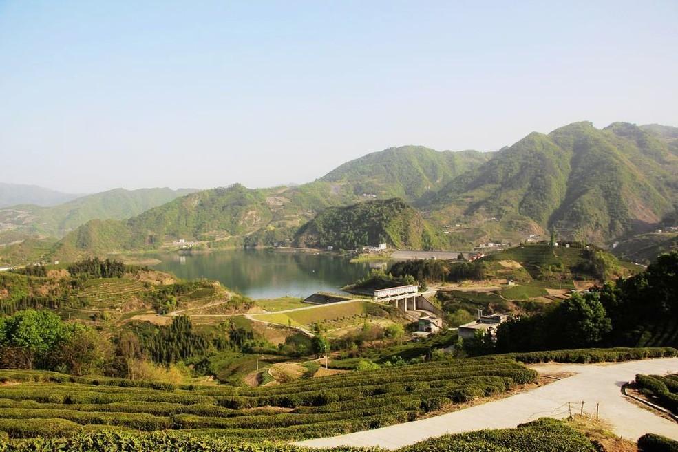 风景区  竹山县女娲天池风景区管理处共多少人浏览:2368826  电话
