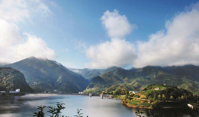 竹山女娲天池旅游区