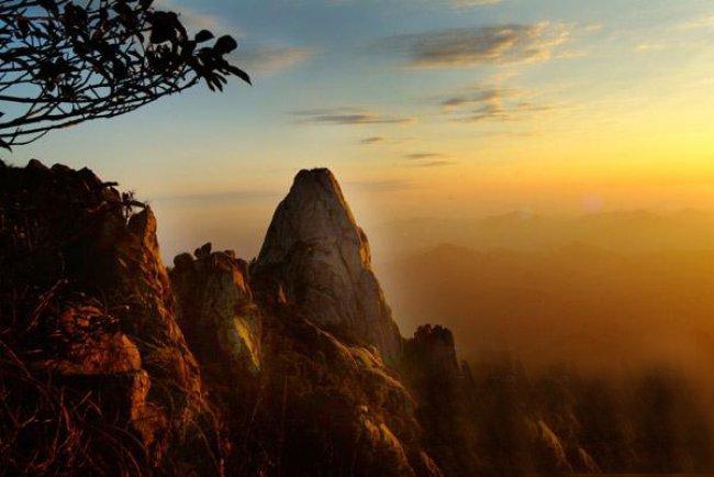 竹山九女峰国家森林公园