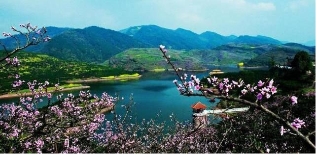 桃花湖旅游区