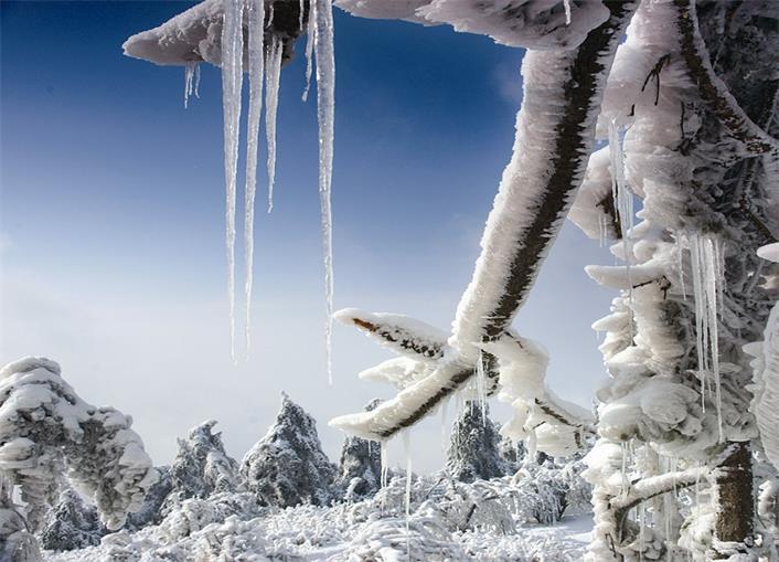十堰周边藏着个冰雪王国 不去简直辜负冬天!