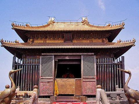 武当古建筑·古铜殿:玄武大帝供奉场所