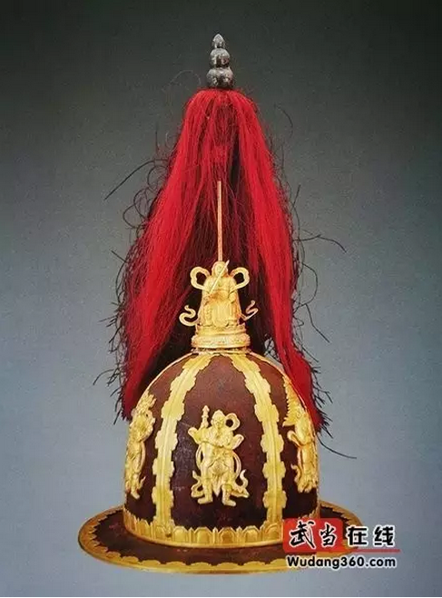 万历皇帝金冠铁盔图片