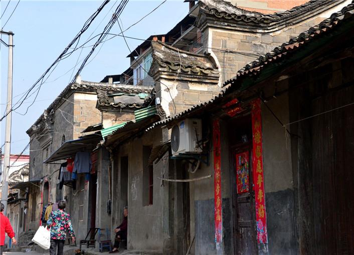 黄龙古镇:怀想十堰历史的通道