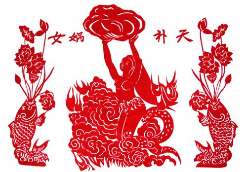 2015年喻少贞剪纯手工剪纸作品在中南民族大学美术馆展出,其线条柔美