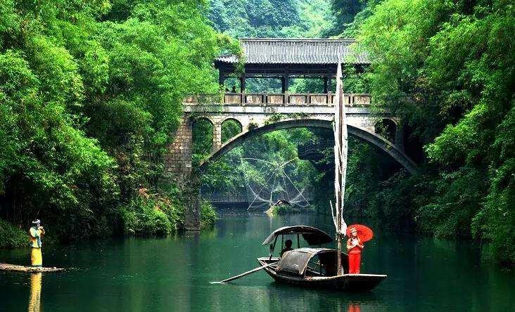 金色三峡  银色大坝  绿色宜昌三日游