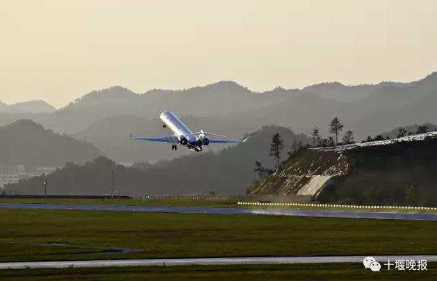 【资讯】重磅喜讯!年底前武当山机场将新增2条航班!