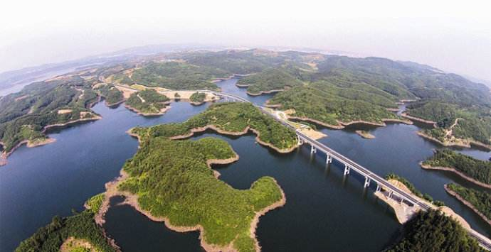 【资讯】湖北拟着力打造十堰秦巴山库区生态环保路