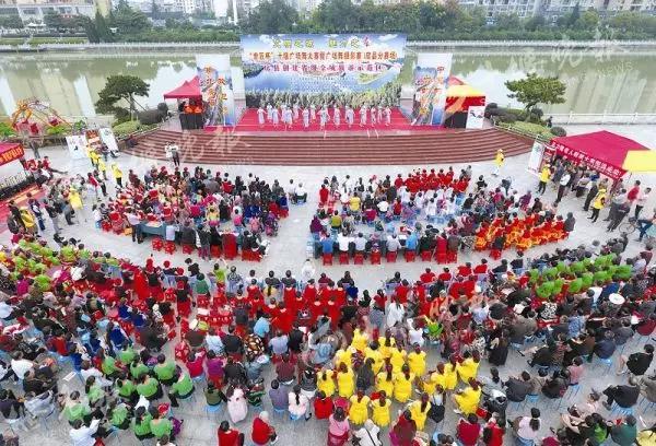 【资讯】诗祖故里  歌舞升平,十堰广场舞大赛到了房县