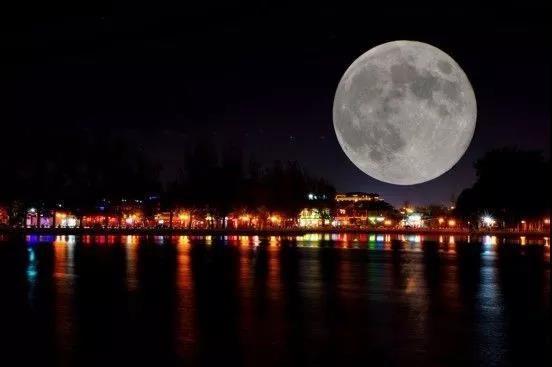 """【资讯】今年中秋比去年""""晚""""19天 十五的月亮十七圆"""