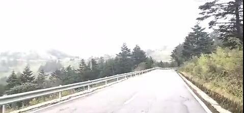 【资讯】神农架迎今秋首场雪 十堰离初雪还会远吗