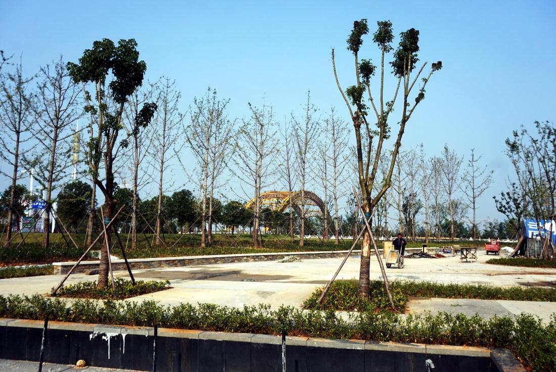 【资讯】游玩新去处  郧阳汉水公园进行最后细化装饰