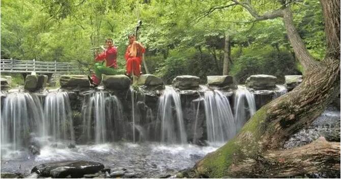 壁纸 风景 旅游 瀑布 山水 桌面 670_352