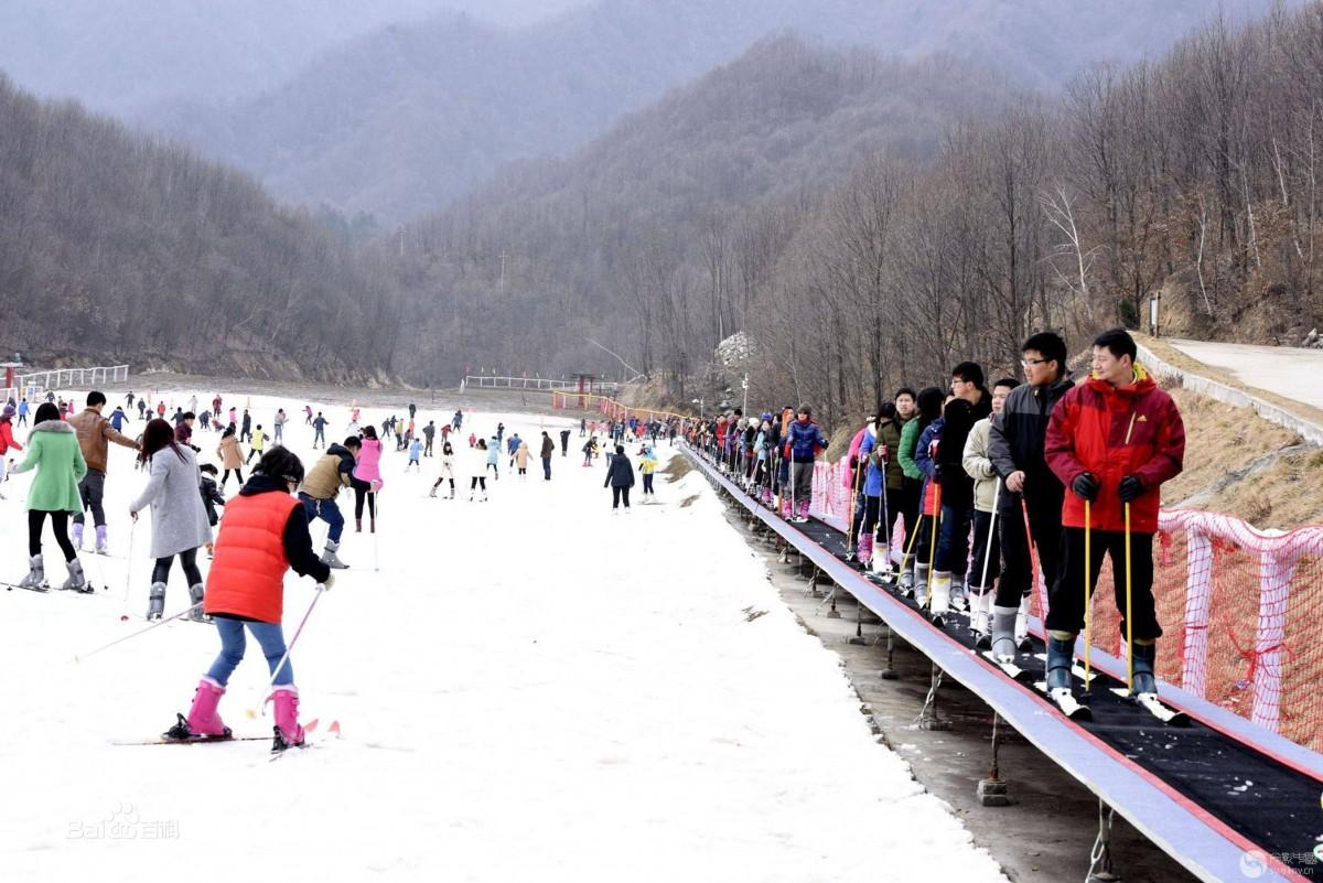 河南老界岭滑雪一日游