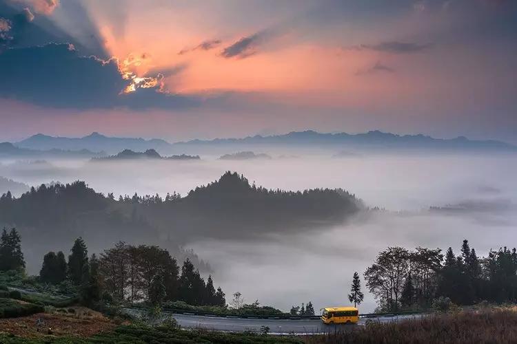 【资讯】初冬到,美景来袭!湖北这几处壮观云海美如仙境!