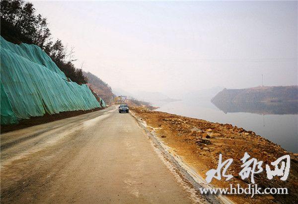 【资讯】好消息!丹江口至郧阳区长油路路基浇筑完工
