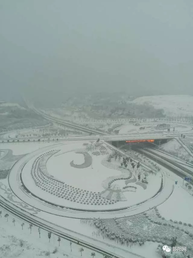 【资讯】第一场雪席卷郧城,最美雪景都在这里!