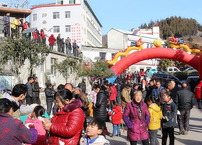 2018年十堰乡村旅游年货节走进郧阳区大柳乡