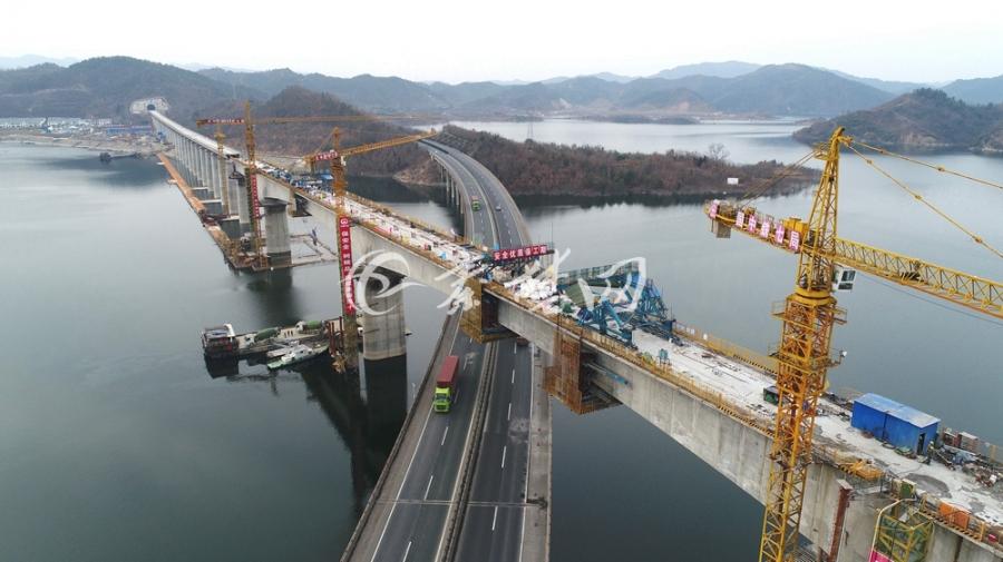 【资讯】汉十高铁新进展  浪河特大桥连续梁合龙