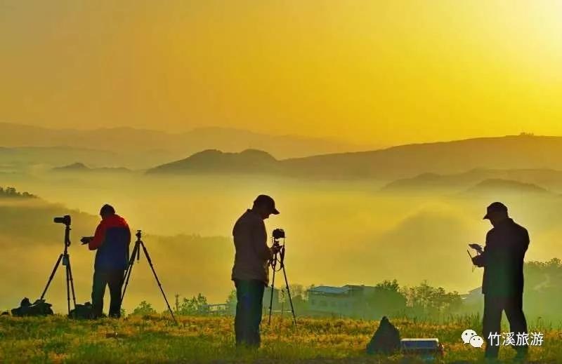 【资讯】不用去黄山,在十堰这里就能看壮观云海日出!