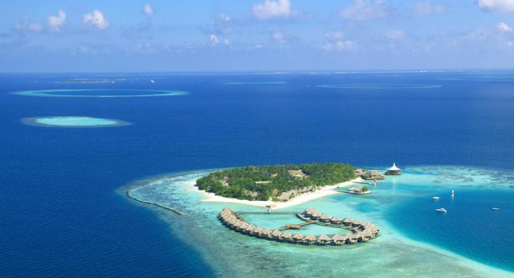【资讯】全球热门海岛该去哪?8个精选海岛逐一数