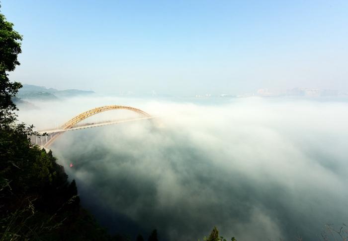 【资讯】大雾中的郧阳区汉江段美轮美奂,恍若仙境