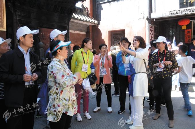 【资讯】这些嘉宾考察武当山对十堰旅游资源赞不绝口