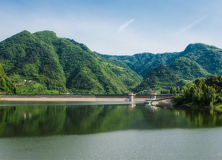 绿水青山就在美丽竹山