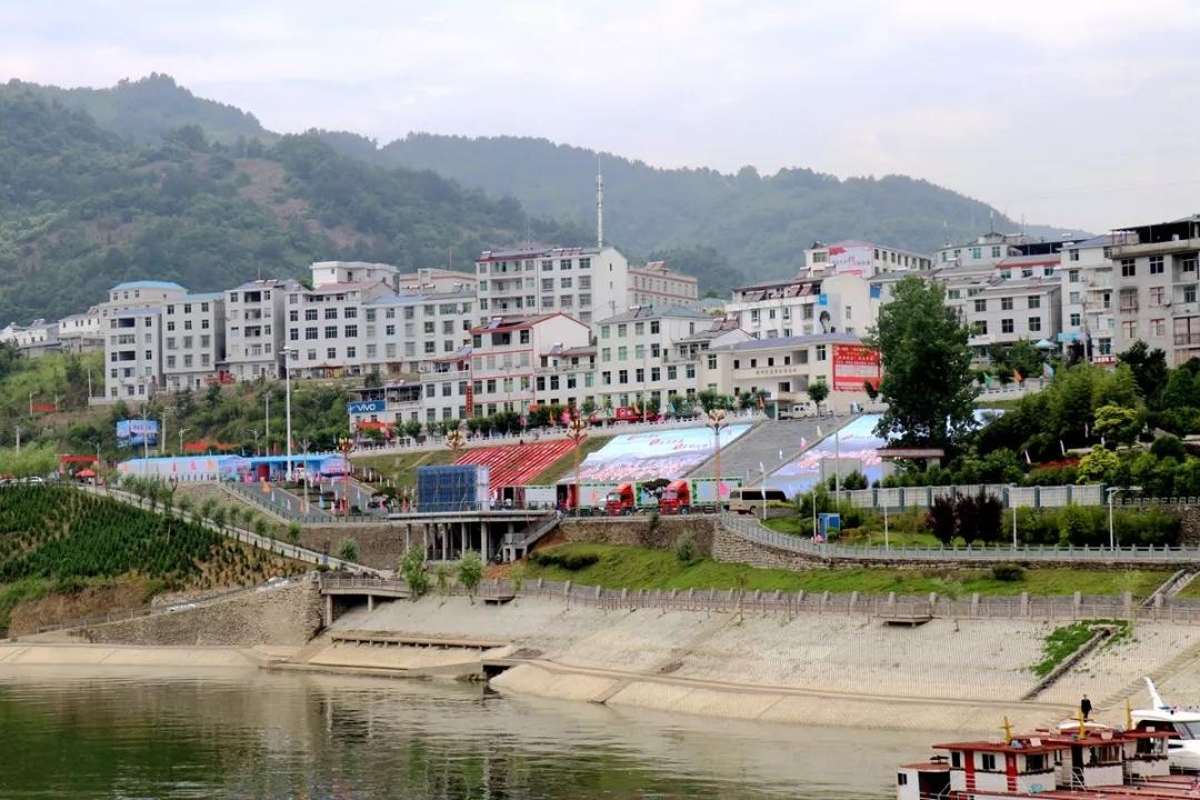 中国楠木湖盛装欢迎八方宾客