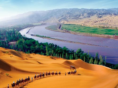 茶卡盐湖、青海湖、沙坡头双飞六日游