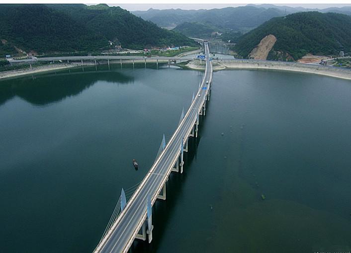 太美!柳陂十七孔桥航拍照片,每一张都能当壁纸!