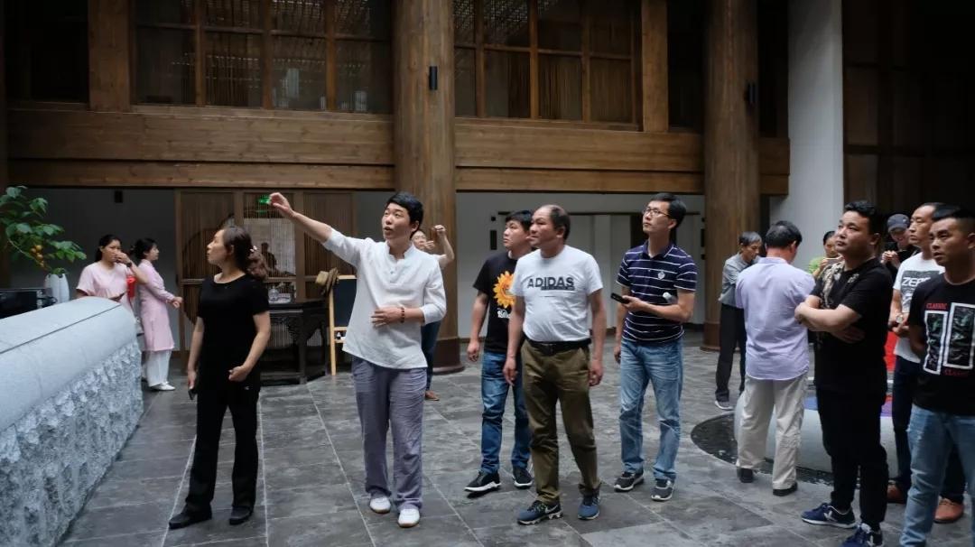 【资讯】房县旅游局组团考察民宿及旅游厕所建设经验