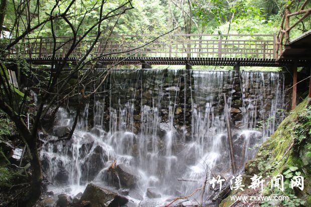 【资讯】藏在竹溪的避暑胜地  神秘大营盘  高山夫妻瀑
