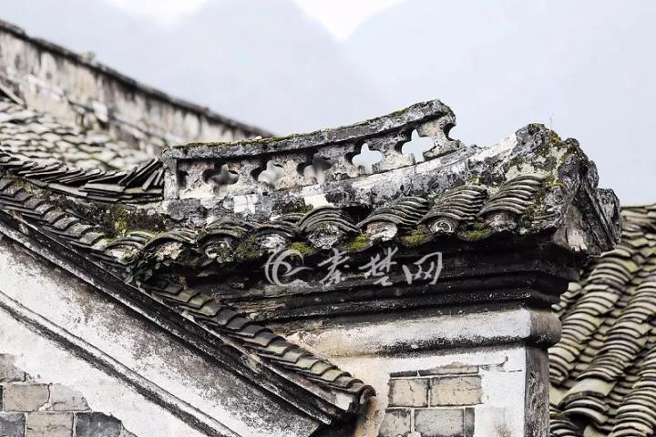【资讯】太震撼!十堰深山中竟藏着一座百年古宅!