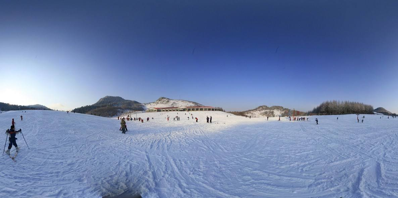 神农架滑雪、花田酒溪一日游