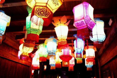 【资讯】点赞!井然有序赏花灯,文明旅游成常态