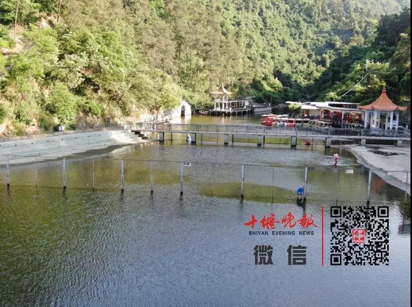 艳湖公园露天泳池下月初开放